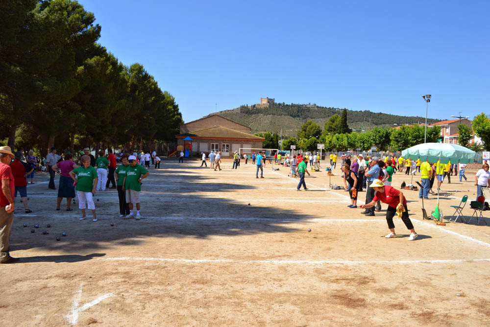 150 personas tomarán parte en el XIX Encuentro de Petanca de Mequinensa