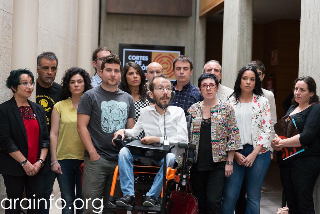 Los diputados de Podemos Aragón renuncian al servicio de ADSL