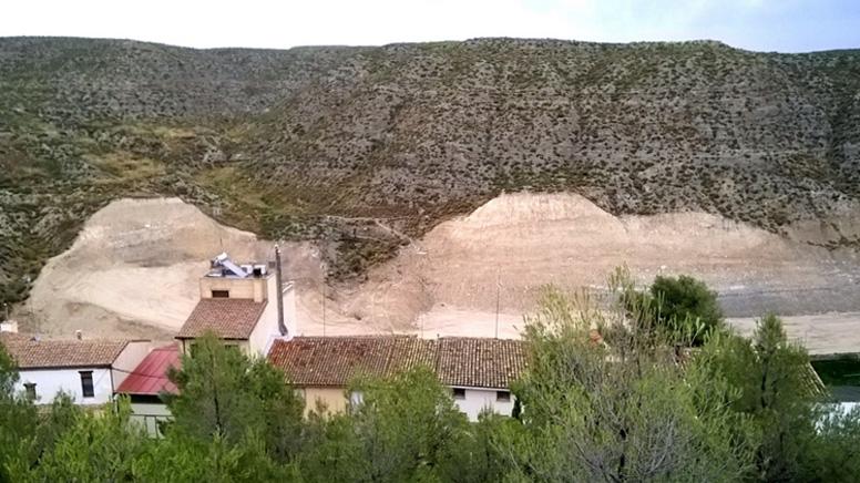 Grupo ecologistas exigen la paralización de la gravera de Alfocea