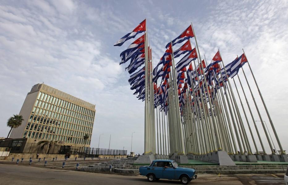 Cuba y EEUU restablecen sus relaciones diplomáticas