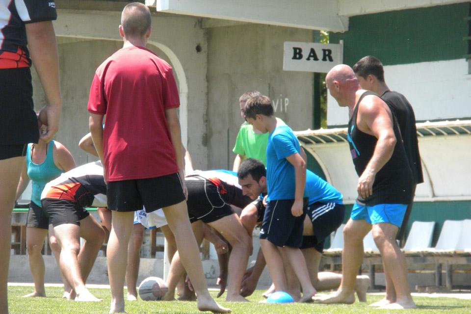 Éxito de participación en la jornada de promoción del rugby celebrada en Mequinensa