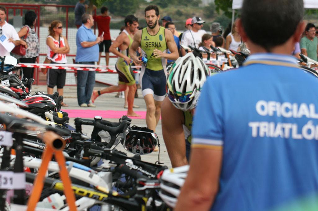 El Triatlón Villa de Mequinensa-Tri La Mina supera el número de personas inscritas de la primera edición