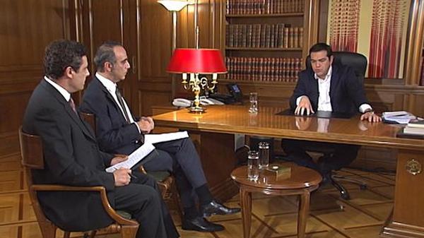 """Tsipras: """"Asumo la responsabilidad de firmar un acuerdo en el que no creo"""""""