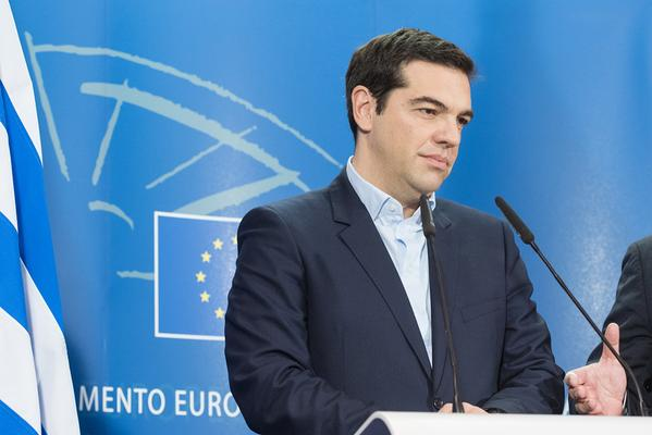 Tras las airadas críticas del Eurogrupo, Tsipras promete medidas concretas para final de semana