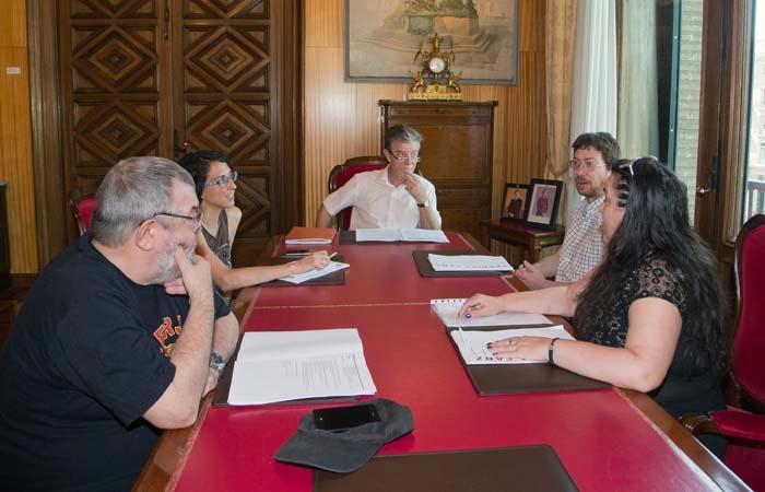 El Gobierno municipal de Zaragoza quiere más participación ciudadana y la implicación de los barrios a la hora de elaborar los presupuestos