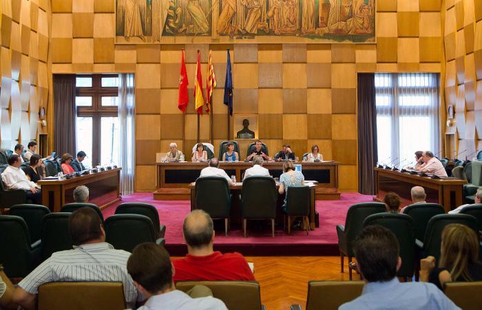 PSOE, PP y Cs niegan una licencia a los medios libres y comunitarios en el Ayuntamiento de Zaragoza