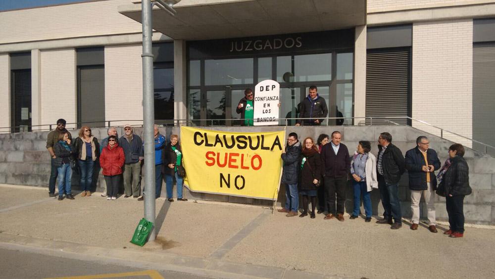 El Juzgado de Fraga obliga a Ibercaja a anular la clausula suelo de una activista de la PAH