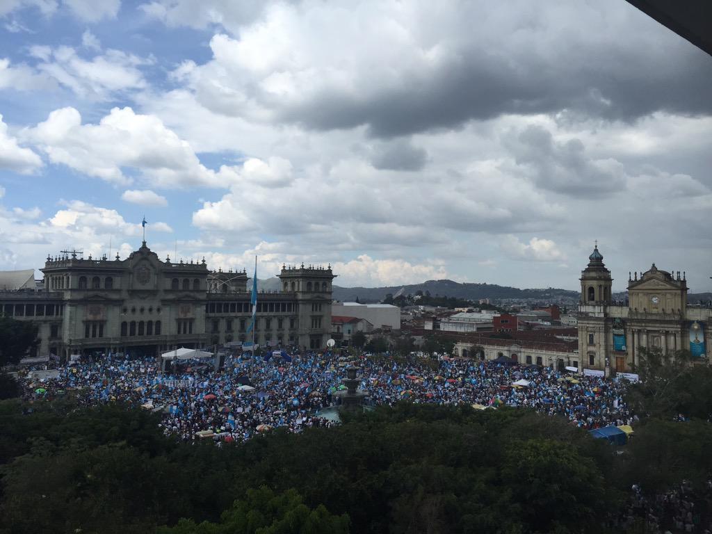 El populismo conservador de Morales convence en las elecciones de Guatemala