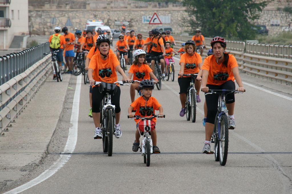 El 'Día de la Bici' de Mequinensa alcanza su decimonovena edición