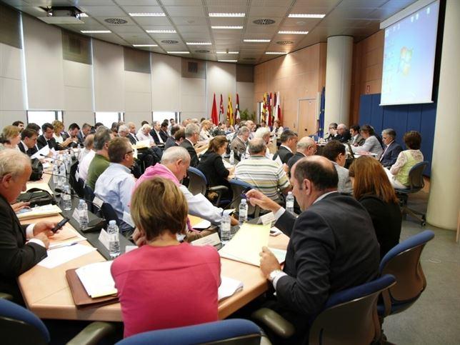 """Aprueban el Plan de Cuenca del Ebro """"sin consenso y haciendo caso omiso a las recomendaciones de la Comisión Europea"""""""
