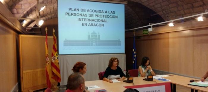 Mariví Broto y más de 50 entidades se reúnen para coordinar la acogida de refugiados en Aragón