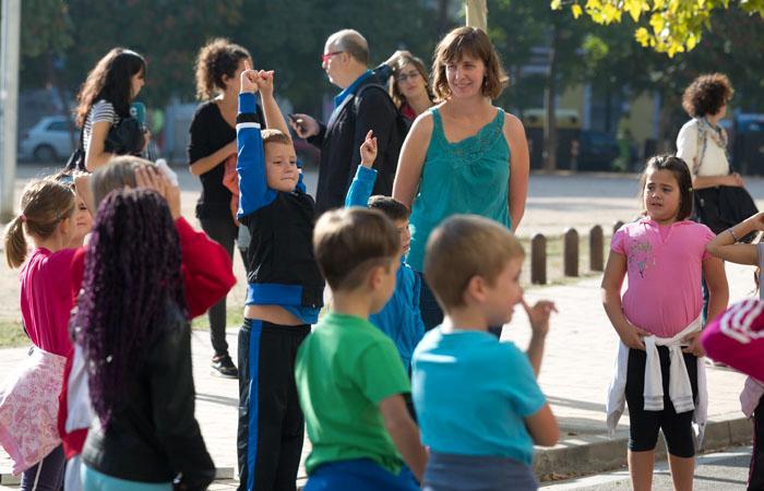 Cinco colegios públicos de Zaragoza celebran el Día Mundial sin Coches con actividades en la calle