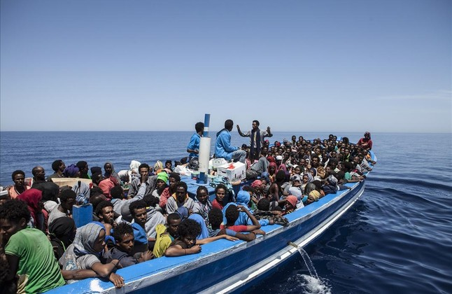 Casi 450 personas migrantes rescatadas en aguas del Estrecho