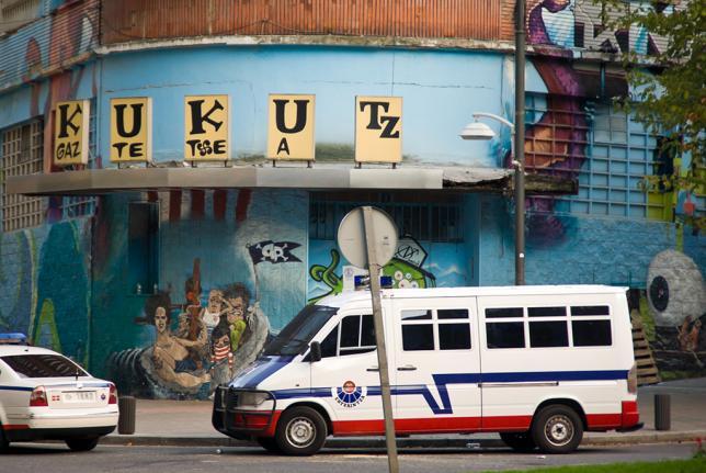 """""""Quieren dar un escarmiento por la defensa de Kukutza"""""""