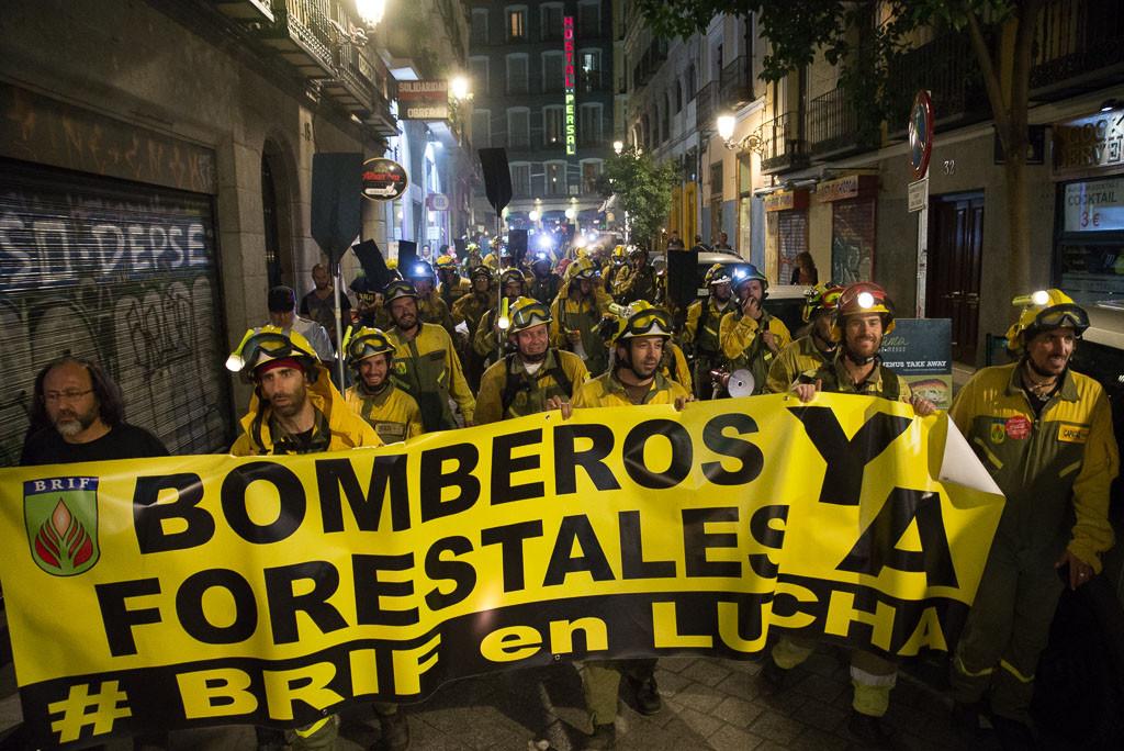 La plantilla de bomberos forestales de las BRIF y de Sarga vuelve a reivindicar sus derechos laborales