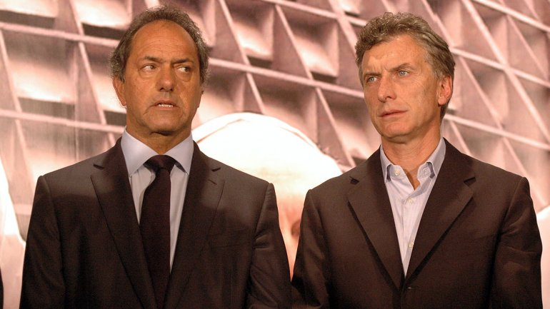 Inédita segunda vuelta en Argentina para elegir presidente a Scioli o Macri
