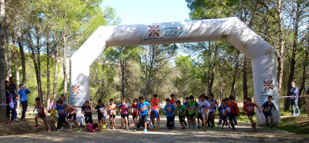 El XVII Cross del Cinca Baixa abre la temporada de campo a través escolar en el Alto Aragón