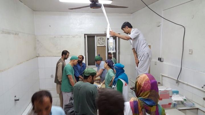 Tres miembros de Médicos Sin Fronteras mueren en Afganistán en el bombardeo de EEUU a un hospital