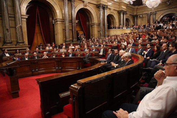 La declaración independentista de Junts pel Sí y la CUP sigue adelante a pesar del boicot del PP