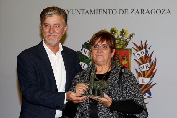 El Ayuntamiento distingue a Teresa Iriarte, Marisa Verde y Eduardo Acón como Zaragozanas y Zaragozanos Ejemplares