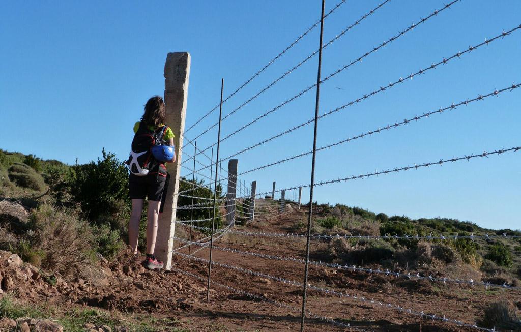 EQUO Aragón denuncia un vallado con alambre de espino en el entorno del mirador de los buitres