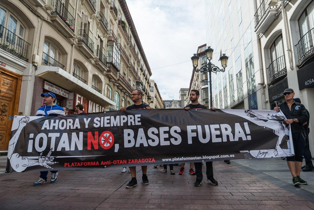IU rechaza la exhibición aérea de la OTAN en Zaragoza