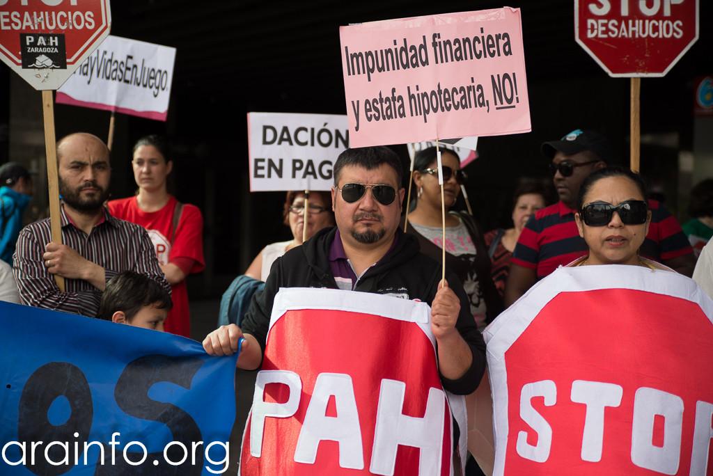 La PAH sigue reclamando contestación sobre las titulizaciones bancarias