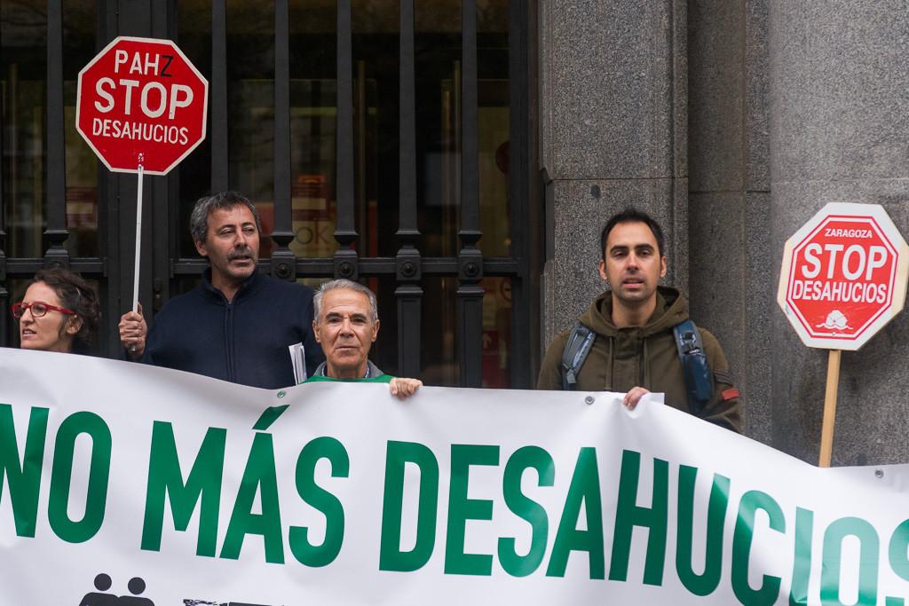 La PAH Zaragoza exige soluciones para una familia con una vivienda en peligro de derrumbe