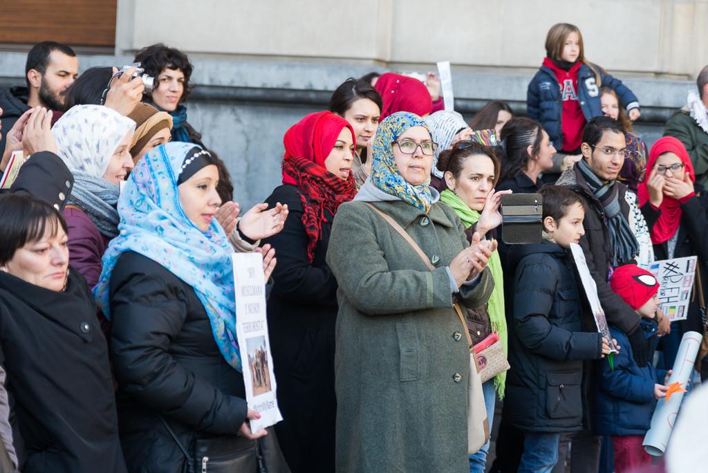 Zaragoza denuncia la pasividad de los gobiernos europeos y reclama medidas urgentes para acoger a personas refugidas