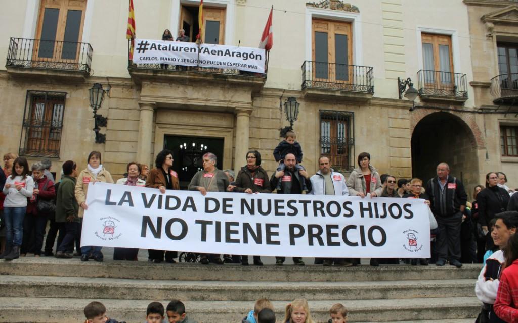 Masiva respuesta solidaria en Caspe y Comarca con las familias de Mario, Carlos y Sergio