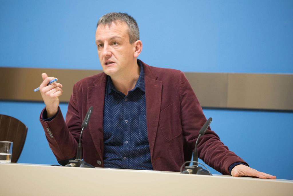 """Hacienda """"castiga"""" a Zaragoza y cifra ahora en 189 millones la deuda del tranvía"""