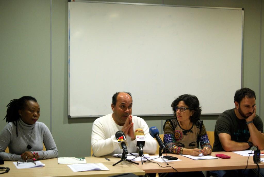 FAS y la Plataforma Ciudadana contra el Racismo piden medidas inmediatas para que se acelere la llegada de las personas refugiadas