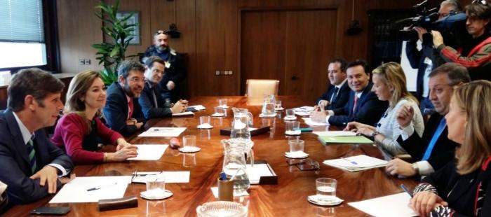 De electoralista y sin rigor ha calificado Marta Gastón la reunión para constituir un grupo de trabajo para las comarcas mineras