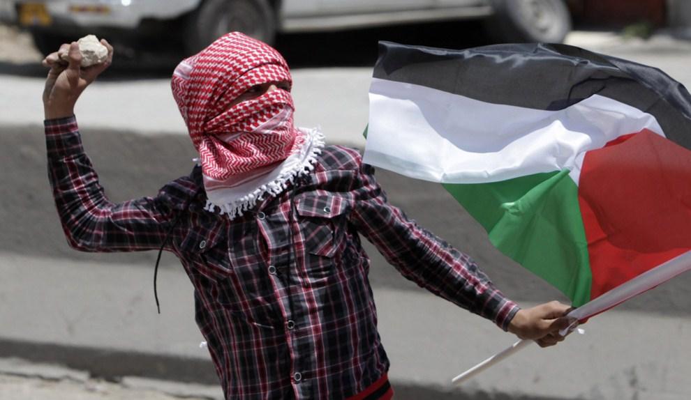 El régimen israelí penalizará hasta con 15 años de cárcel el lanzamiento de piedras
