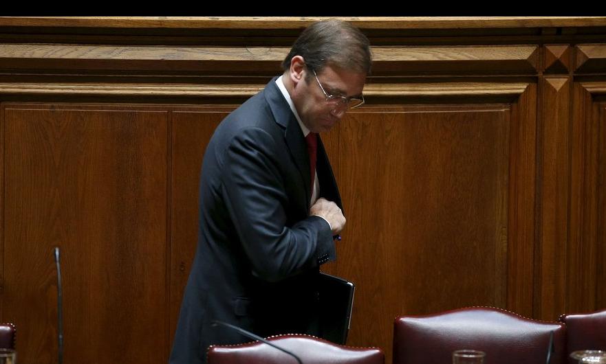 La izquierda tumba el gobierno de Passos Coelho después de once días