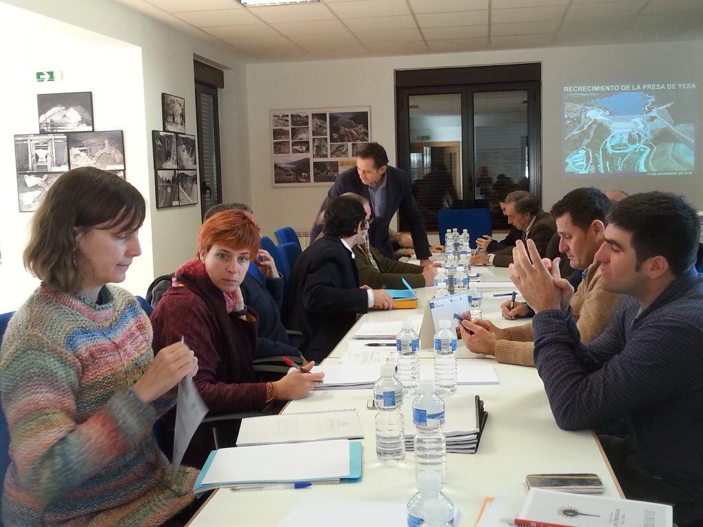 El Ayuntamiento de Zaragoza refuerza sus iniciativas contra el recrecimiento del embalse de Yesa