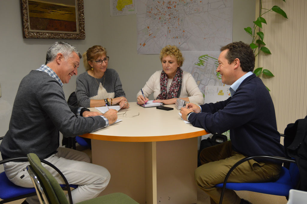 Medioambiente empieza una ronda de contactos con diferentes asociaciones y ONG oscenses