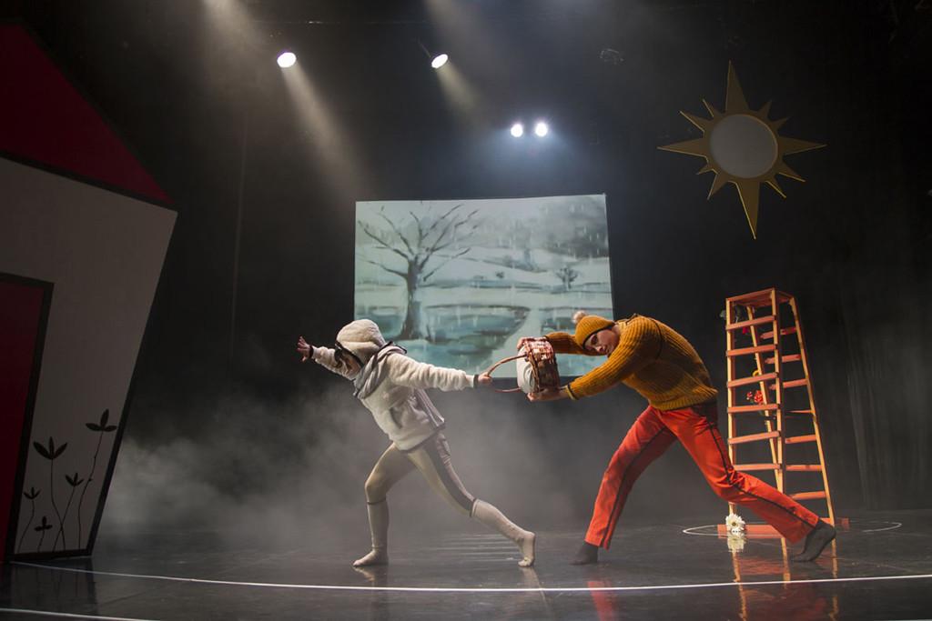 El Teatro de la Estación abre su programación de invierno viajando 'De flor en flor'