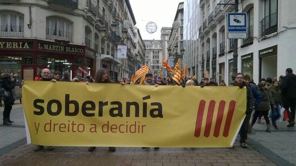 """'En A Tuya Man' reclama en Zaragoza «soberanía y derecho a decidir"""""""