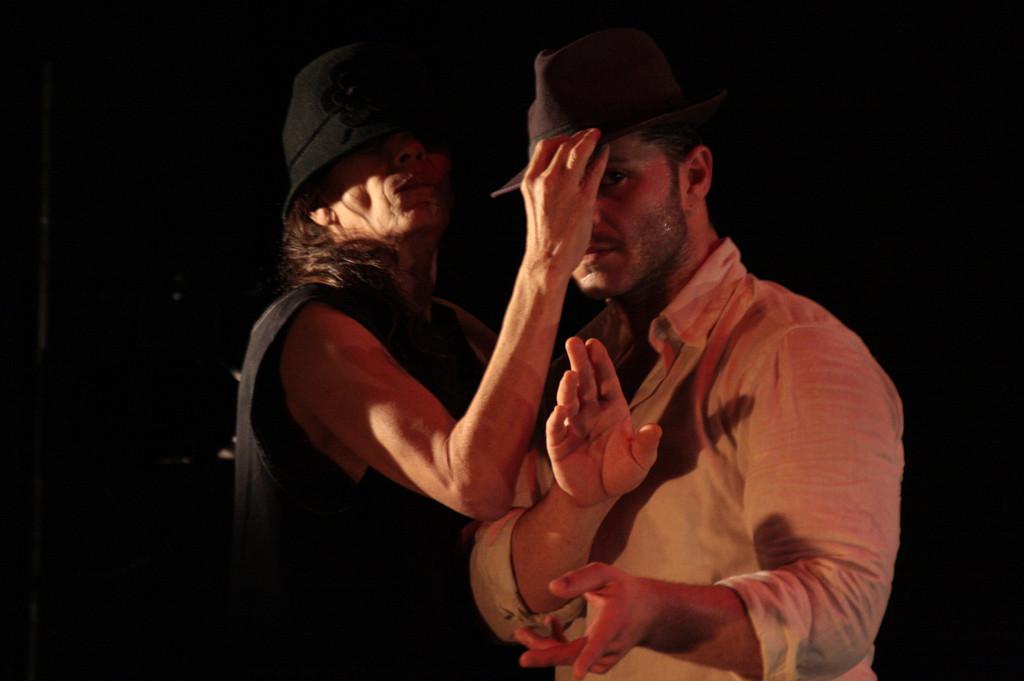 Carmen Werner, Premio Nacional de Danza, muestra 'Deberías quedarte' en el Teatro de la Estación