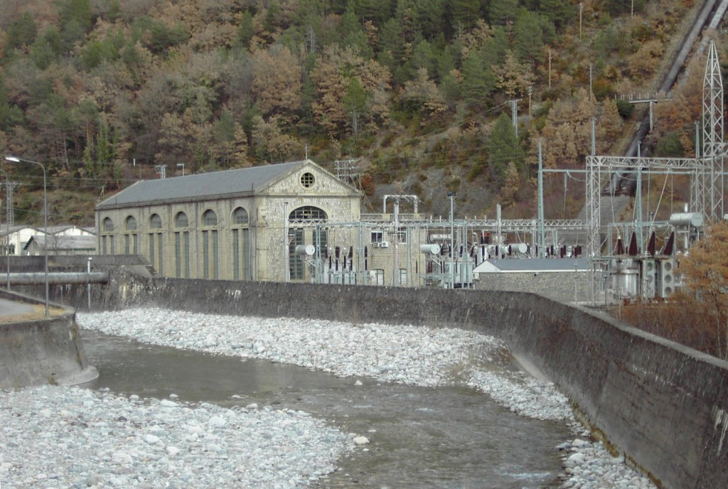 Jorge Luis Bail explica en Sobrarbe la Proposición de Ley de reversión de los saltos hidroeléctricos