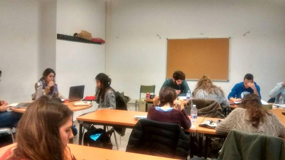 Los estudiantes se organizan ante la falta de espacios de estudio en el mes de enero