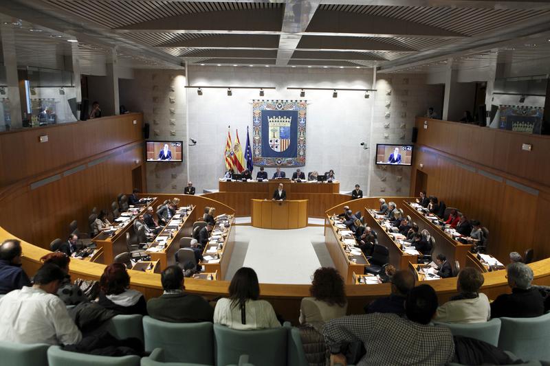 La Ley de Presupuestos para 2016 sale adelante con el apoyo de PSOE, Podemos y Grupo Mixto tras más de nueve horas de debate