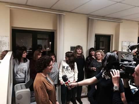 Las trabajadoras del servicio de información 010 se encierran en el Ayuntamiento de Zaragoza