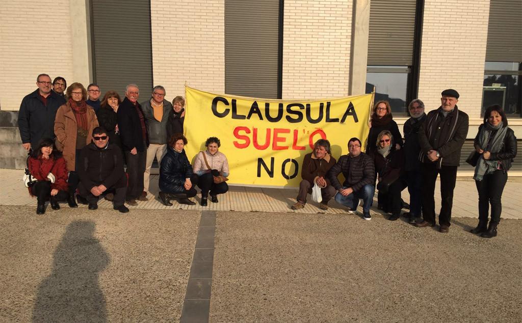 """La PAH del Baix Cinca califica de """"chapuza"""" el decreto sobre las cláusulas suelo aprobado por el gobierno español"""