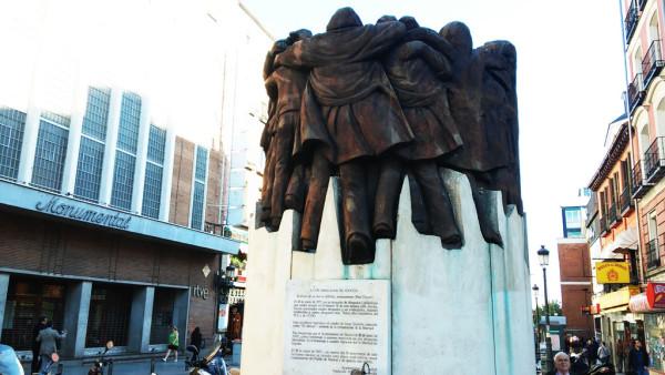 Monumento en Madrid dedicado a los abogados de Atocha asesinados. Foto: AraInfo