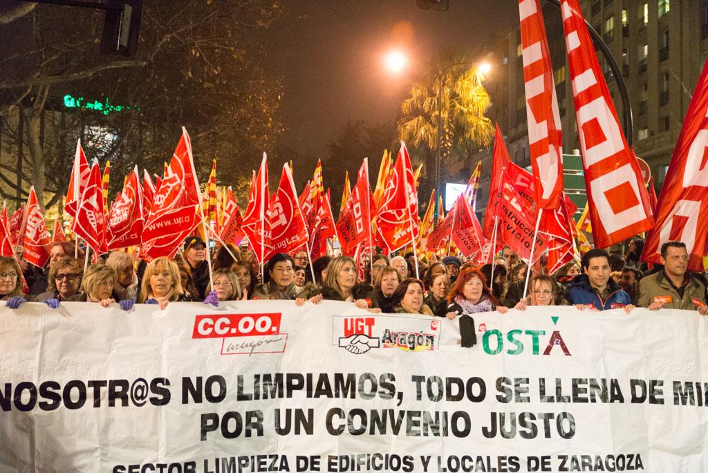 Cabecera de la manifestación. Foto: Pablo Ibáñez (AraInfo)