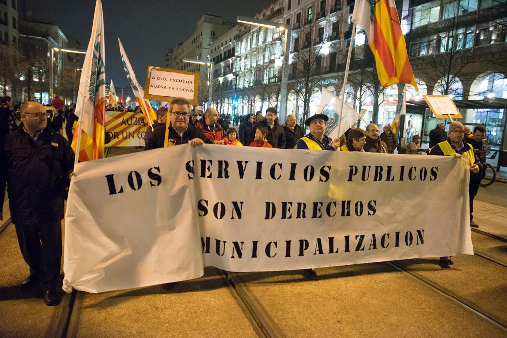 La Plataforma por la Remunicipalización comienza su andadura por los barrios de Zaragoza