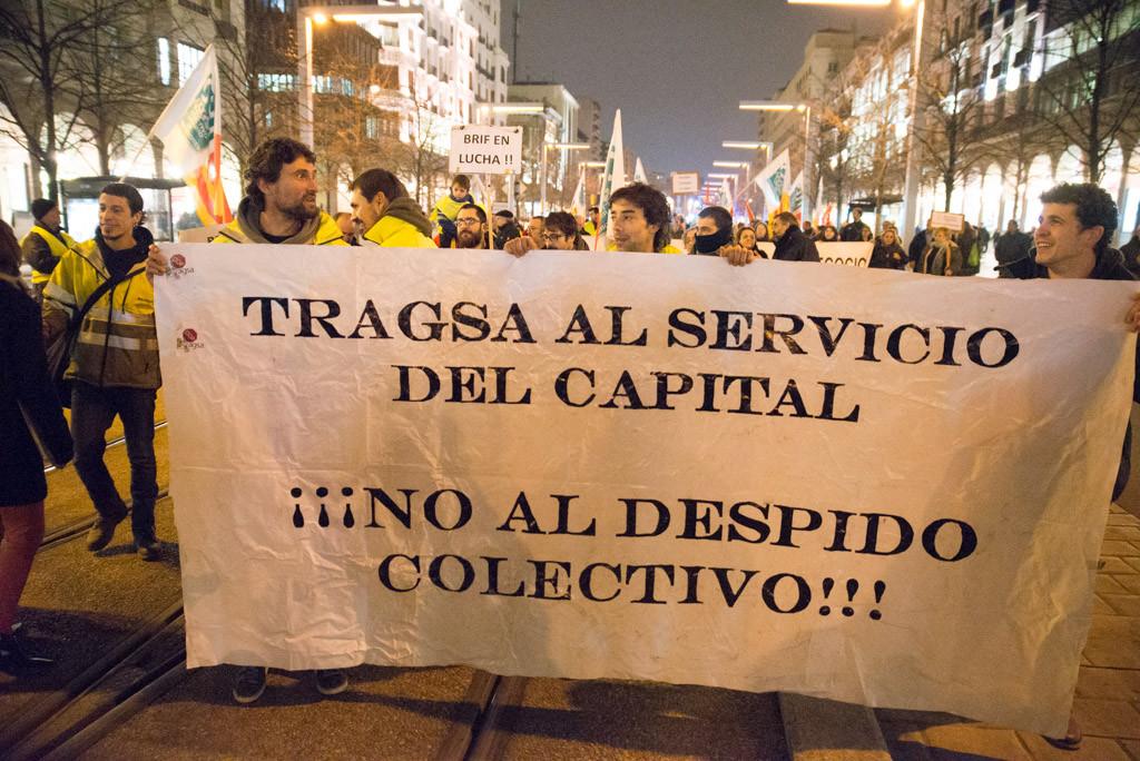 Trabajadores de las BRIF durante la movilización. Foto: Pablo Ibáñez (AraInfo)