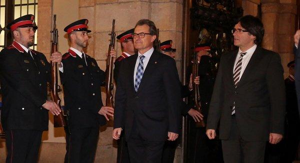 """Puigdemont: """"Abrimos un periodo post-autonomía y pre-independencia"""""""